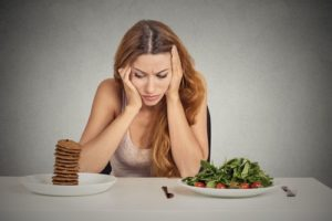 woman-food-nutrition-myths