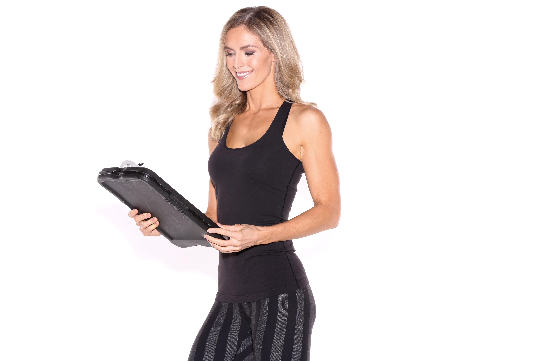 woman-clipboard