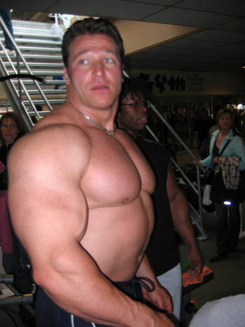 bodybuilder-lean-muscle