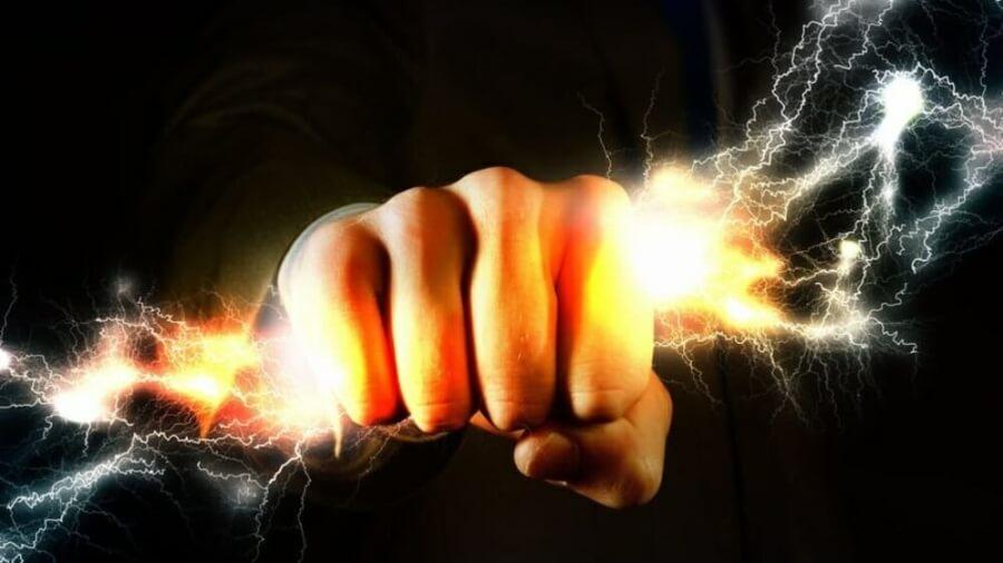 hand-holding-lightning_1024x1024-500x383@2x
