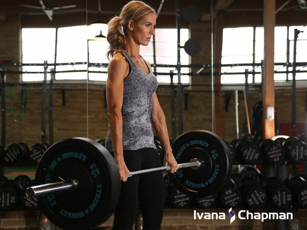deadlift-woman-leaner-and-fitter-with-age