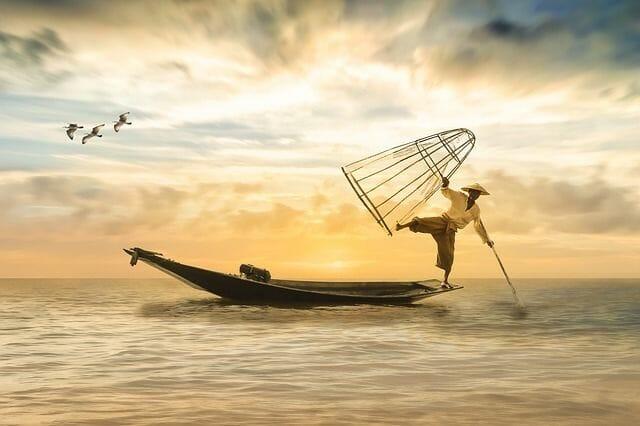 fisherman-balance-healthy-foods