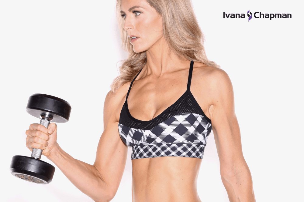 build-muscle-after-35-woman-dumbbell