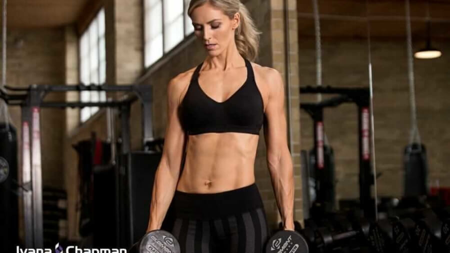 ivana-chapman-woman-gym-weights-lean-muscle