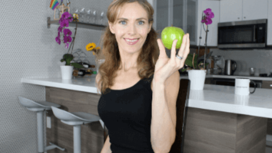 MIndful-Eating-Tips-To-Change-Your-Relationship-With-Food