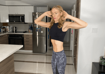 vacuum-twists-to-strengthen-your-abs